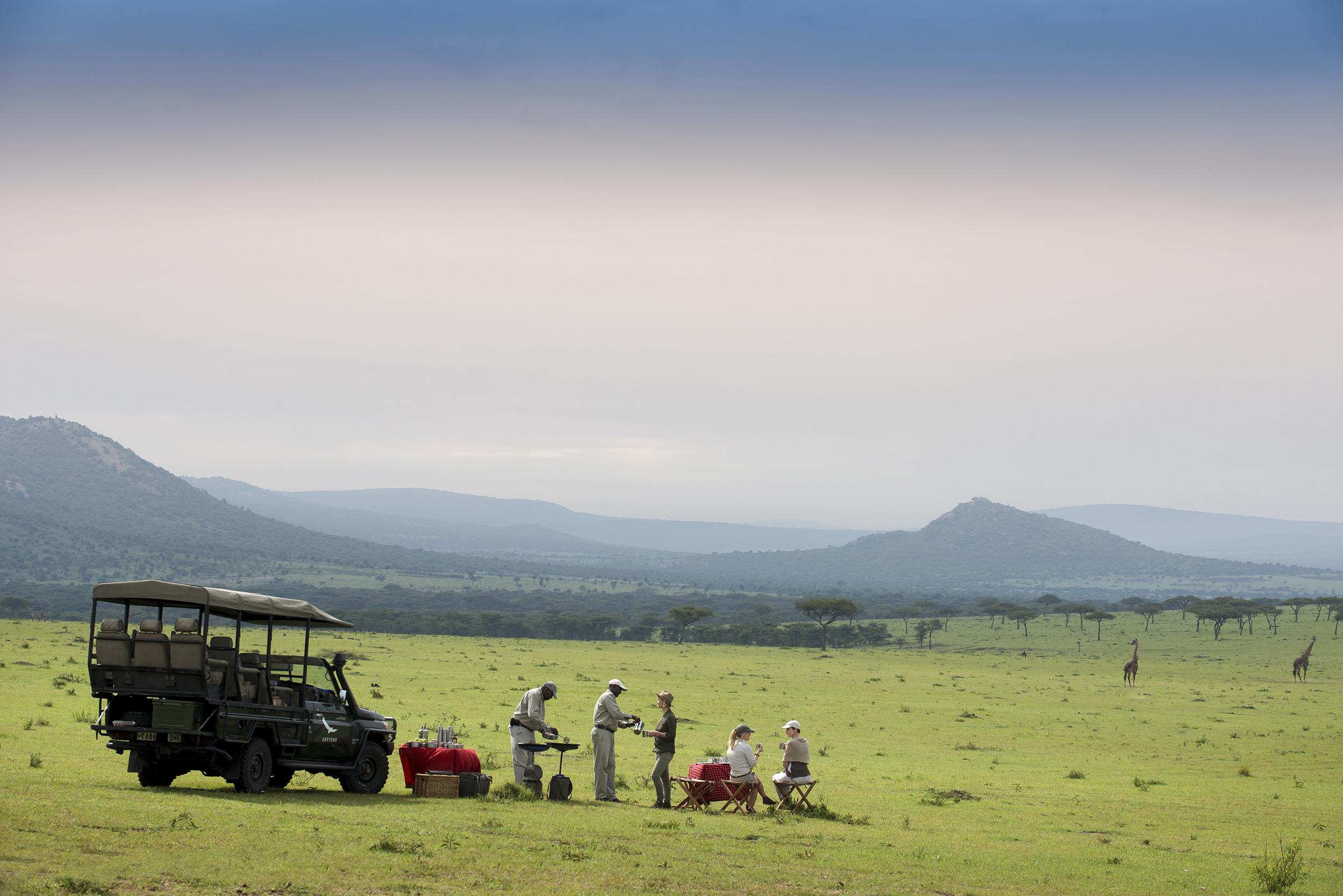 Tanzania Serengeti Kleins Camp family safari bush breakfast