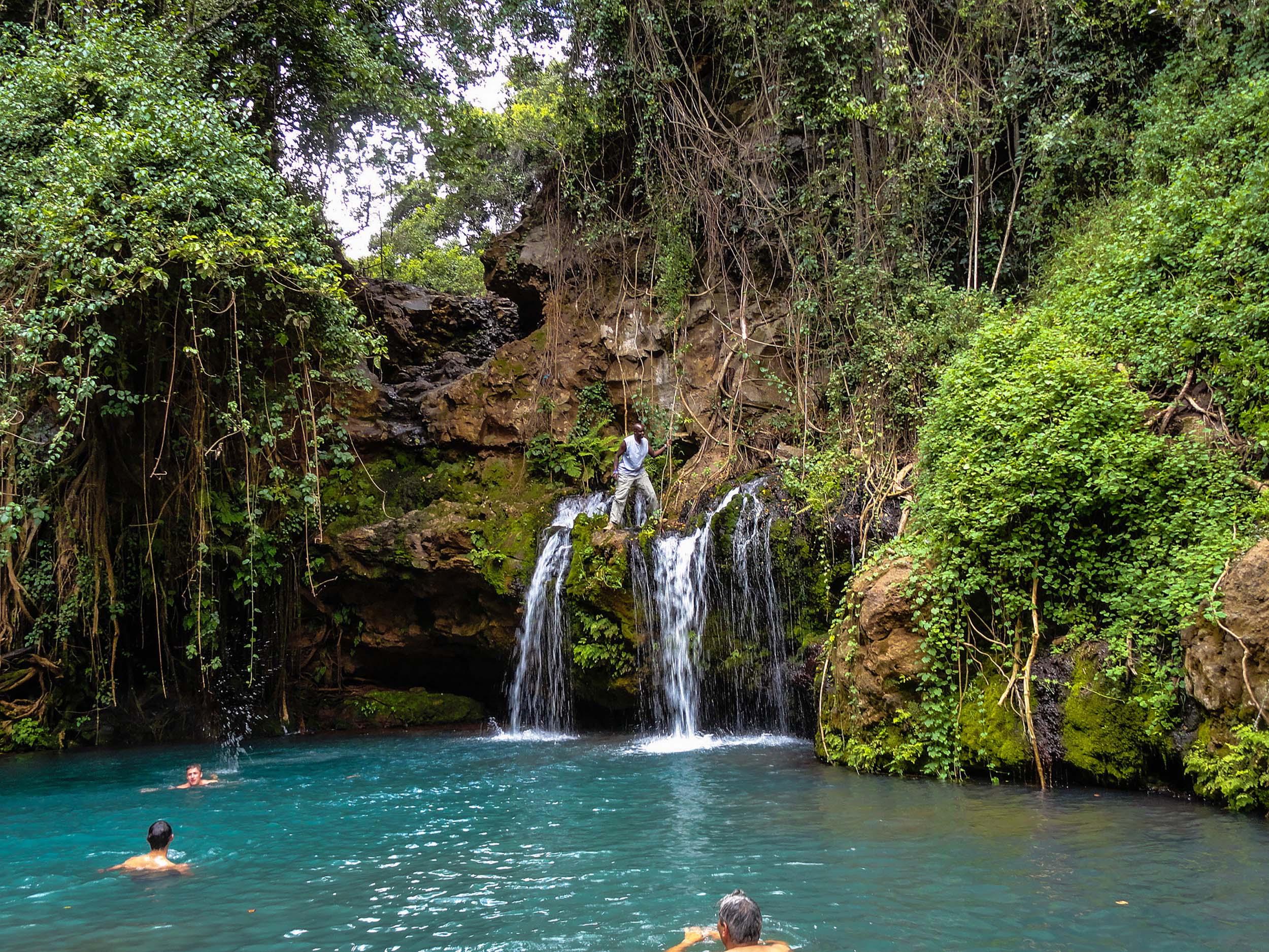 Kenya Lewa House Ngare Ndare waterfalls